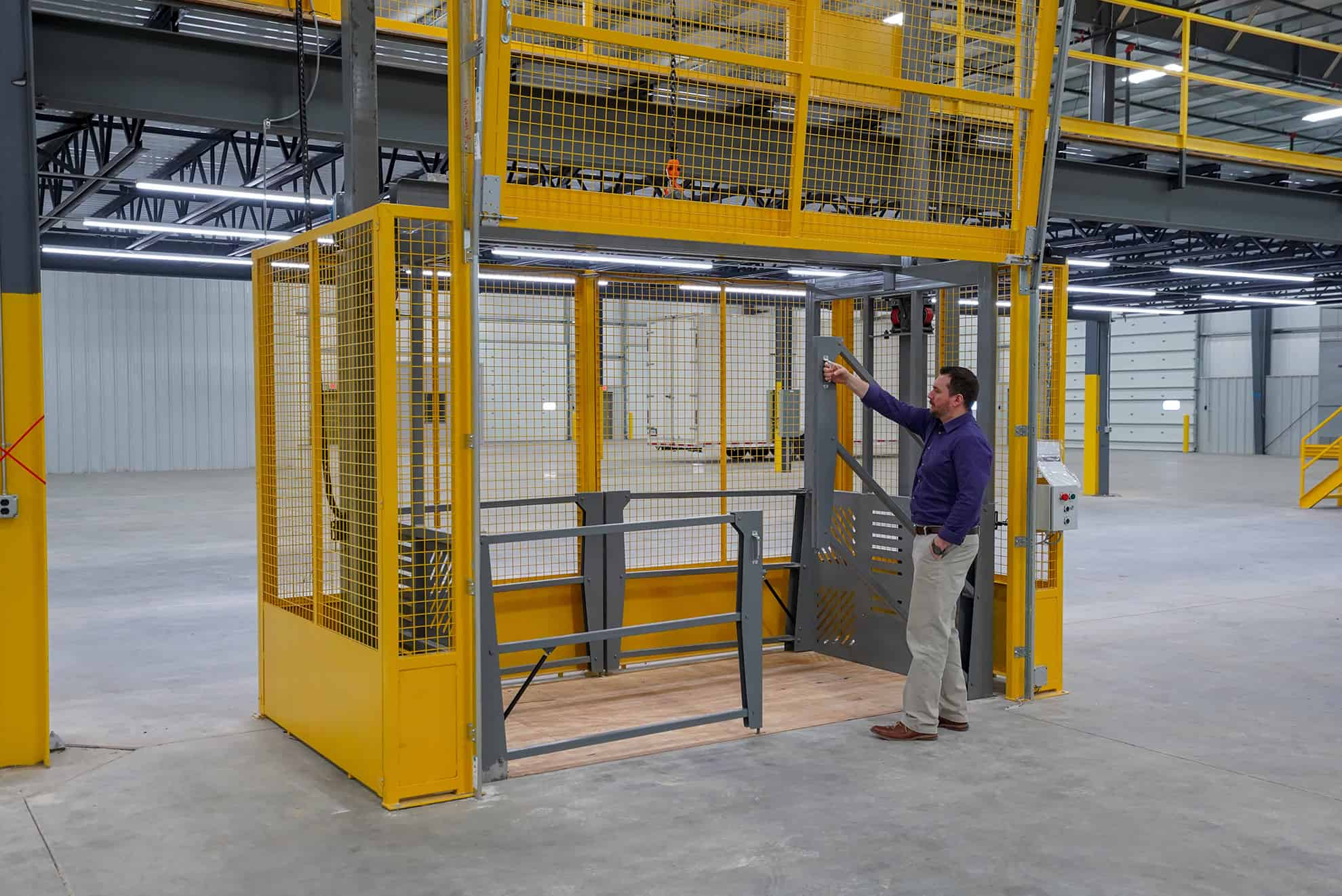 PWI VRC Material Lift Gate